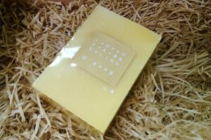 手工皂放在禮盒裡